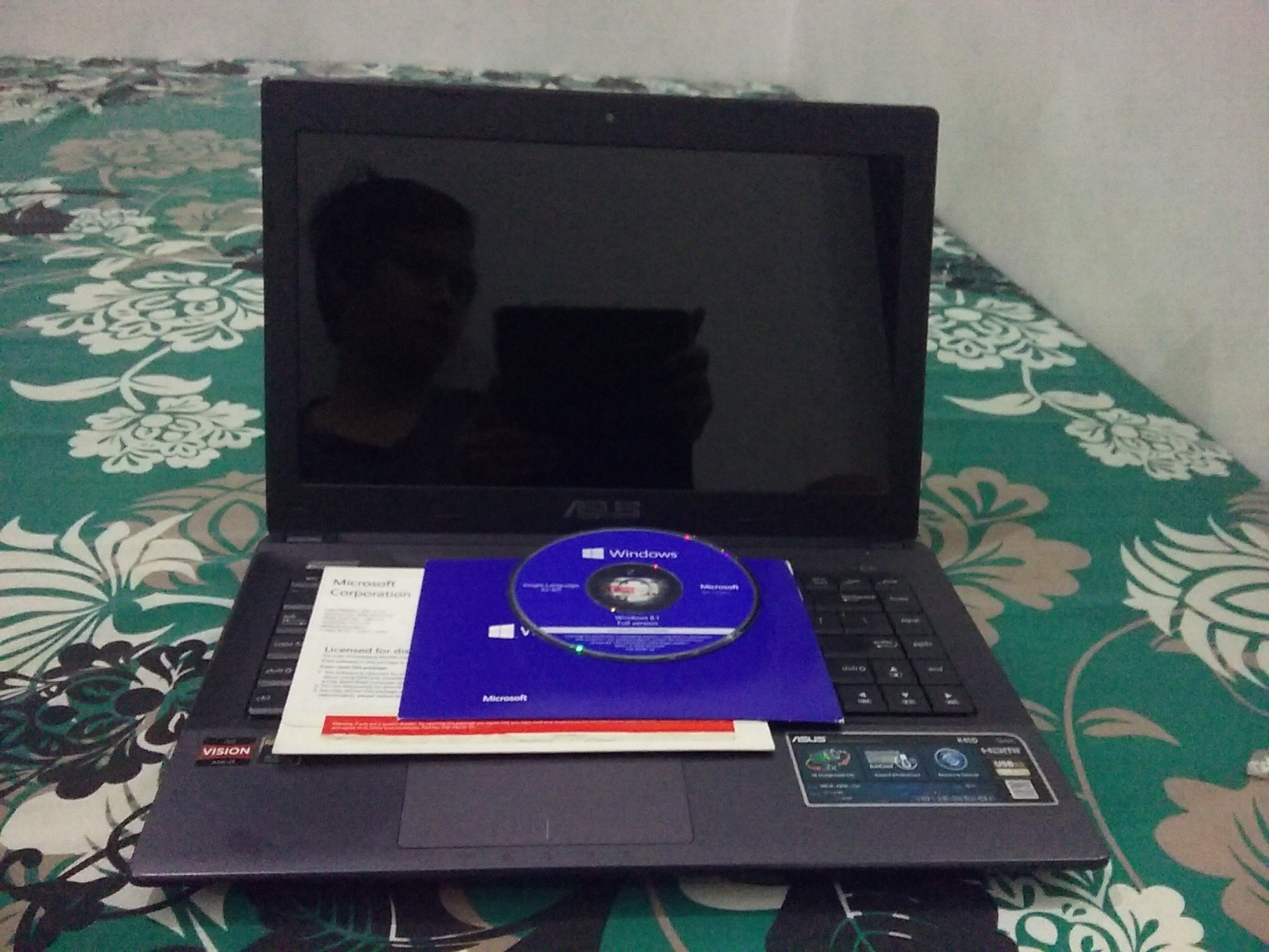 Dijual Laptop ASUS K45D + Windows 8.1 Ori